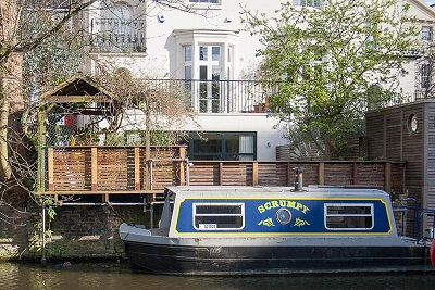 scrumpy-canal-boat.jpg