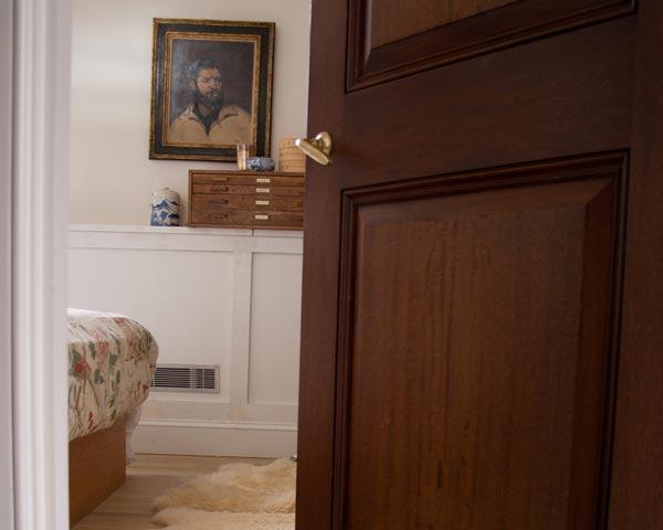 apartmenttherapy reader post soundproof your rental bedroom in under 10 minutes for 40 working girl press - Soundproof Bedroom Door