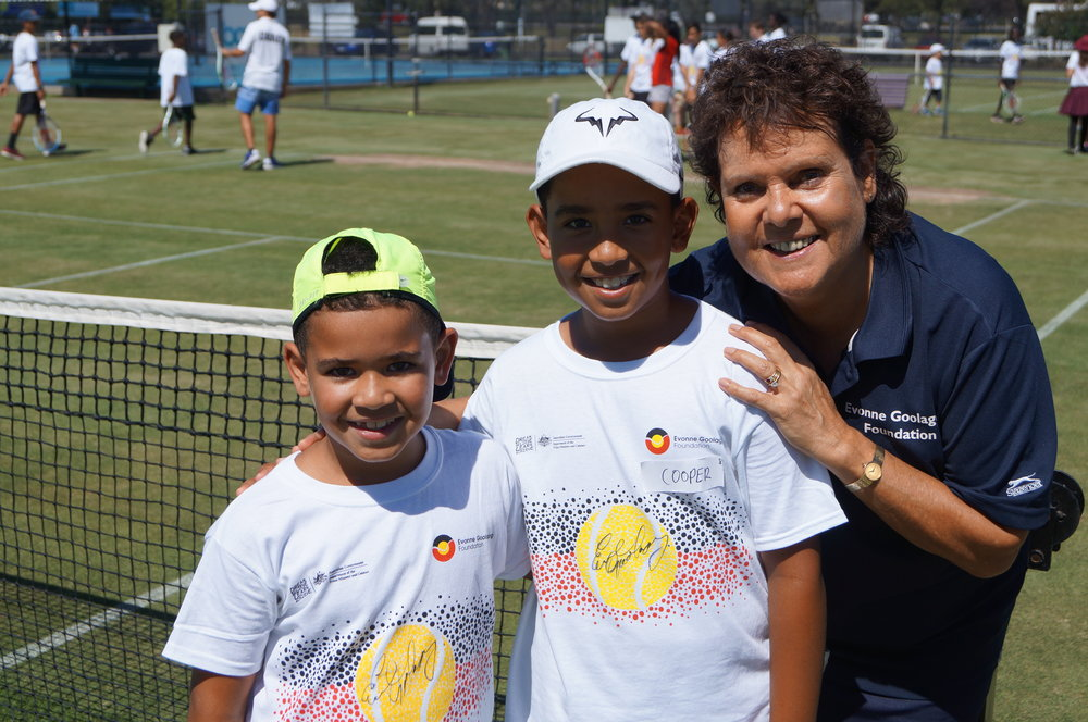 Our star Evonne with two potential stars of the future – say hi to two of the Kose brothers!