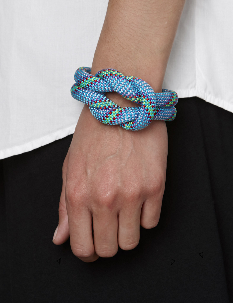 Blue square knot - Fashion-Post ex .png