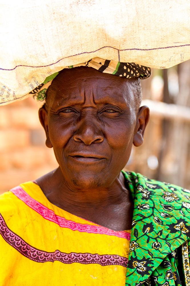 Adam-Dickens-Photography---FT-Tanzania-2014--Kaningombe-client--Talkisia-Soko-841.jpg