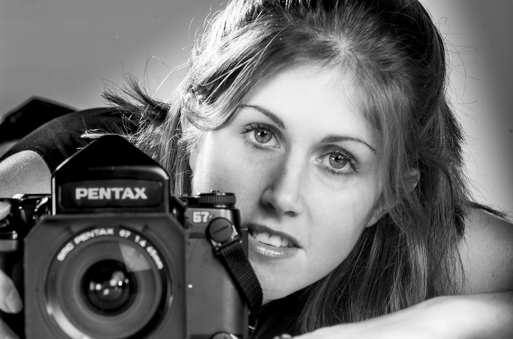 Simone Newell 1974 - 2003