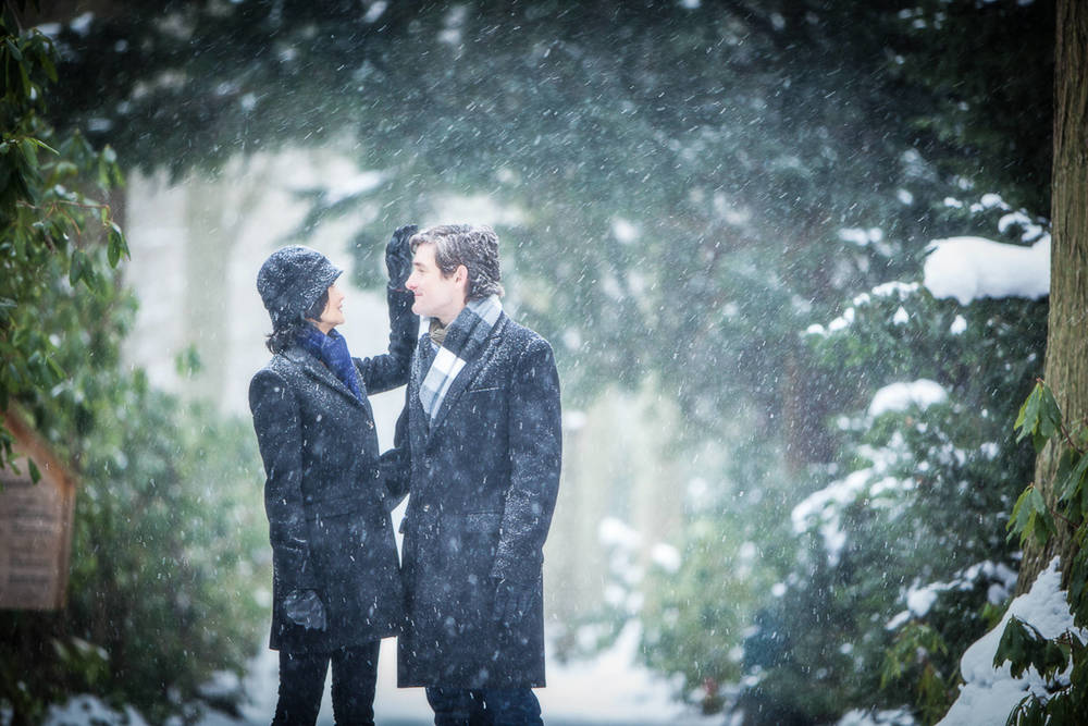 Engagement Love Shoot in the snow - Pre-Wedding Photographs - David Duignan Photography