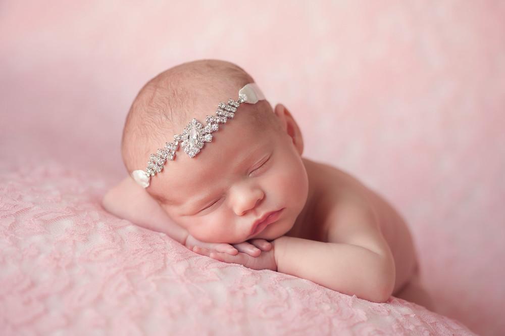 newborn boy 10 days old