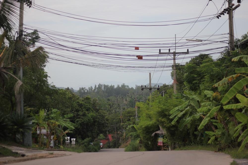 Stromleitungen ala Thailand