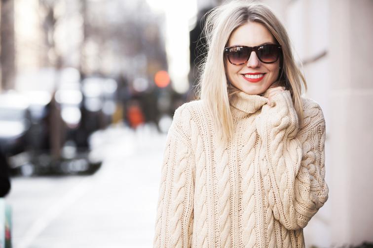 fashion-over-reason-solo-eyewear-mac-red-lisptick-lady-danger.jpg