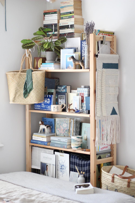 nancy-straughan-interior-stylist-bookshelf.jpg