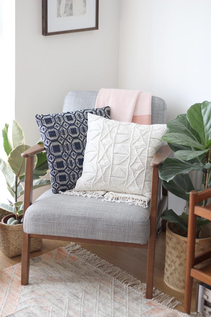 ercol-chair-mid-century-living-room-interior-styling.jpg