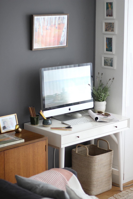 nancy-straughan-interior-stylist-small-office-space.jpg