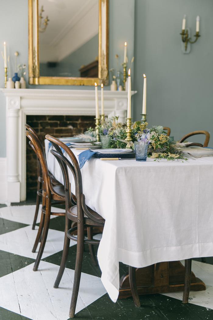 sea-shore-wedding-theme-stylist-nancy-straughan-table-scape.jpg