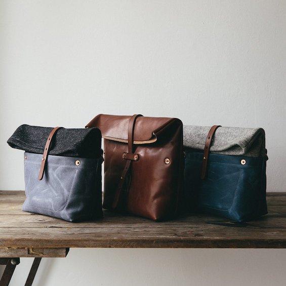 roam-camera-bag-oak-bark-leather-bag-made-in-wales-4_1024x1024.jpg