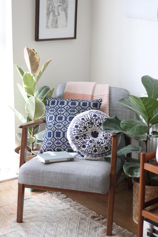 living-room-corner-styled-sofa.jpg