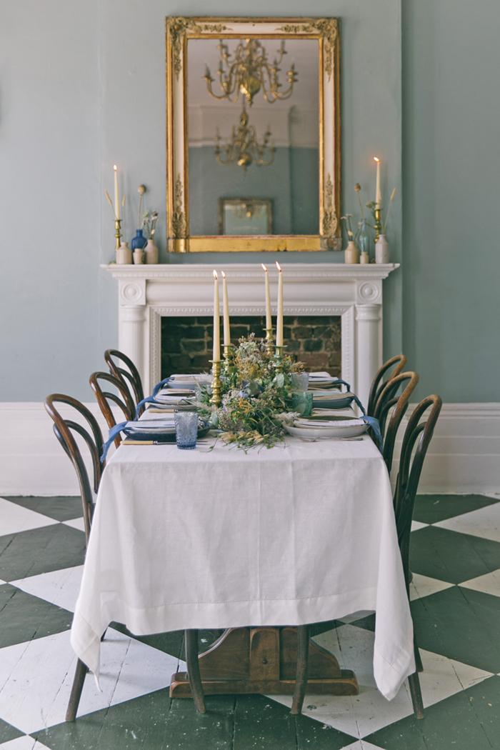 sea-shore-wedding-theme-stylist-nancy-straughan-table.jpg