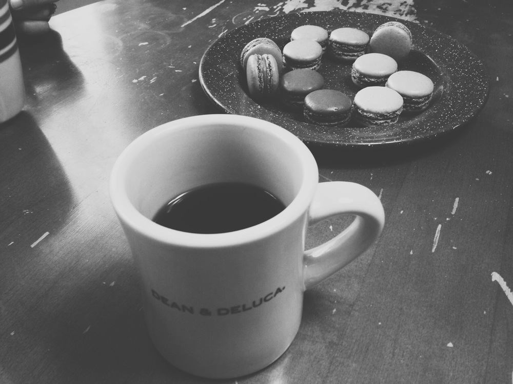 Coffee, macarons, and sweet conversation with my mama and sister-in-love. Macaron flavors: sweet pear, caramel, chocolate raspberry, cappuccino, chocolate peppermint, and gingerbread. Give me another box!