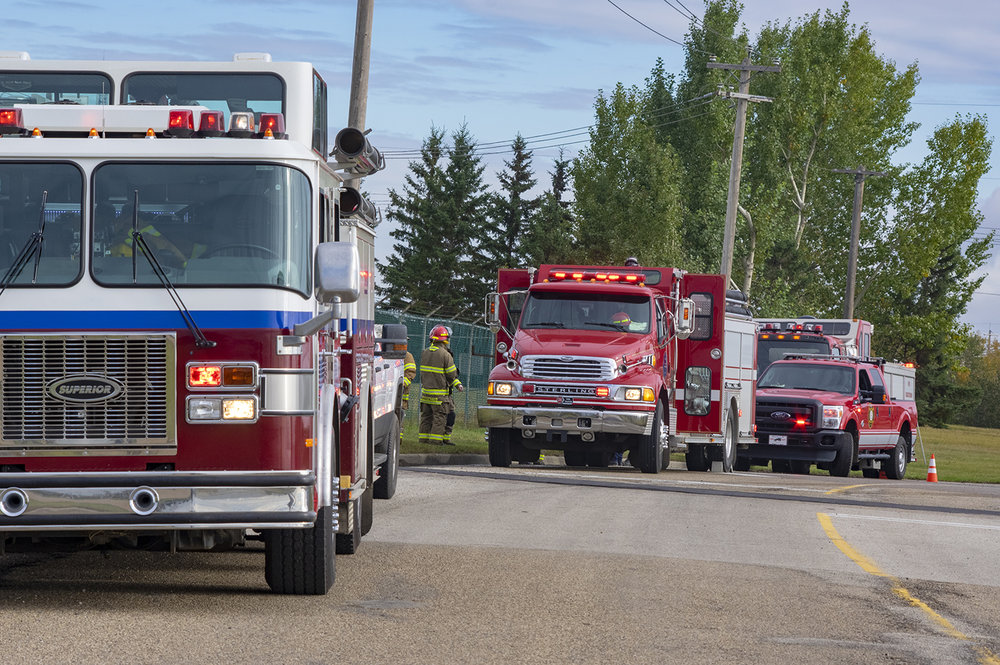ADJ - Multiple Responder Trucks Roadside _Medium_IMG1774.jpg