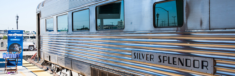 What a gorgeous way to travel to San Diego - in a vintage train car on the Amtrak Coastliner Route. Wikia provided a beautiful trip for it's fans and users.