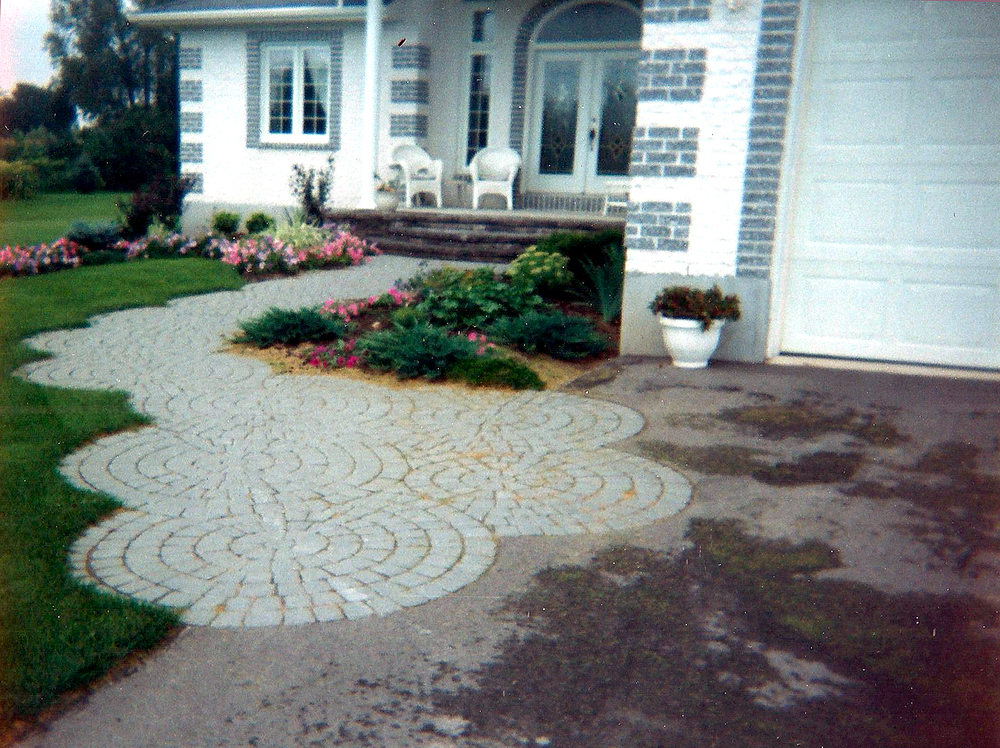 Paving Stone Pattern Entranceway | Riverview Design Solutions | Prescott, Ontario, Canada