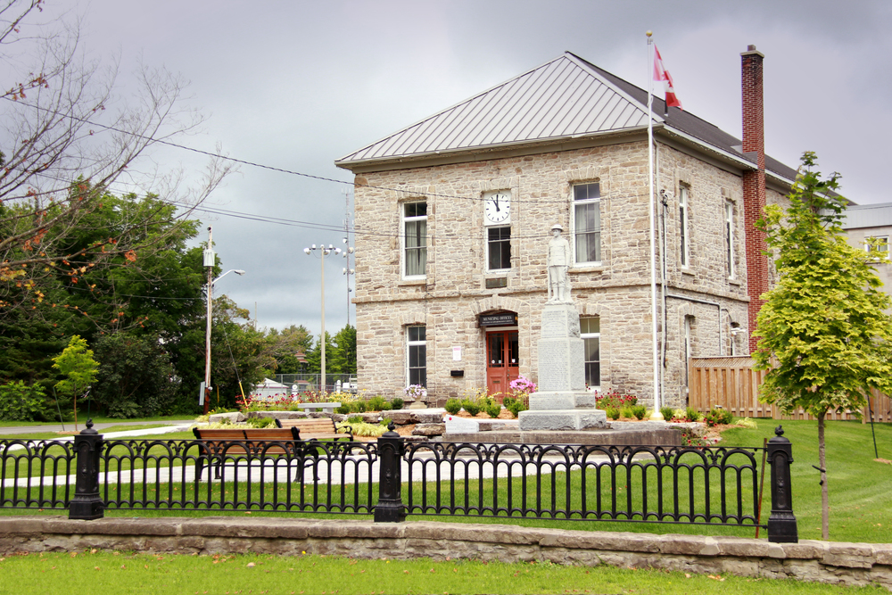TWPEC MUNICIPAL OFFICE AND CENOTAPH