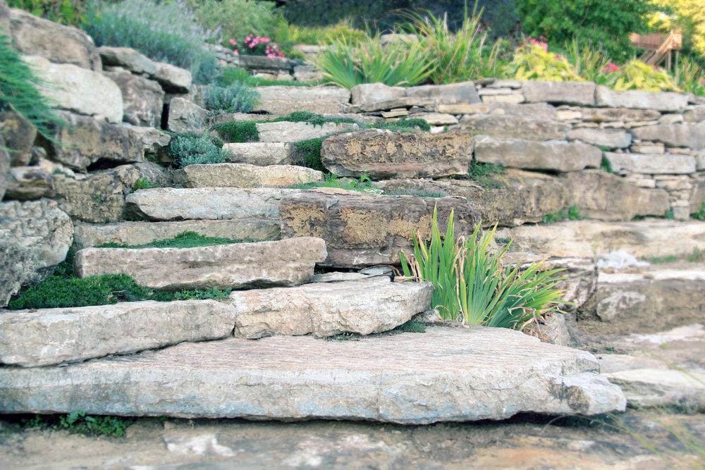 Riverview Landscape_Dry Stone Steps_Natural_Brockville.jpg