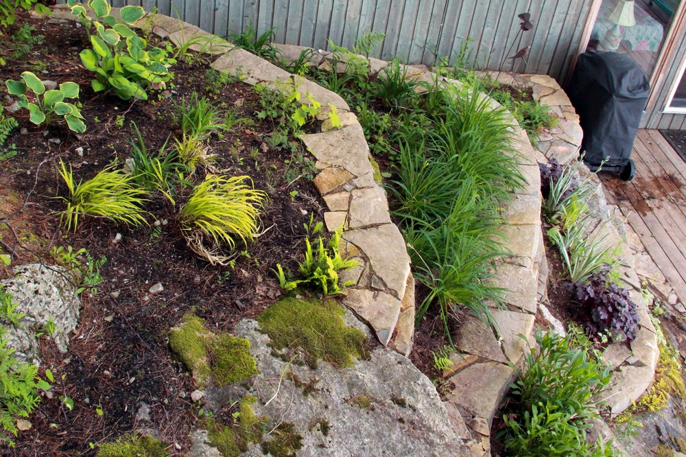 Riverview Design Solutions_Charleston lake Island_Drylaid Stone Planters - Copy.jpg