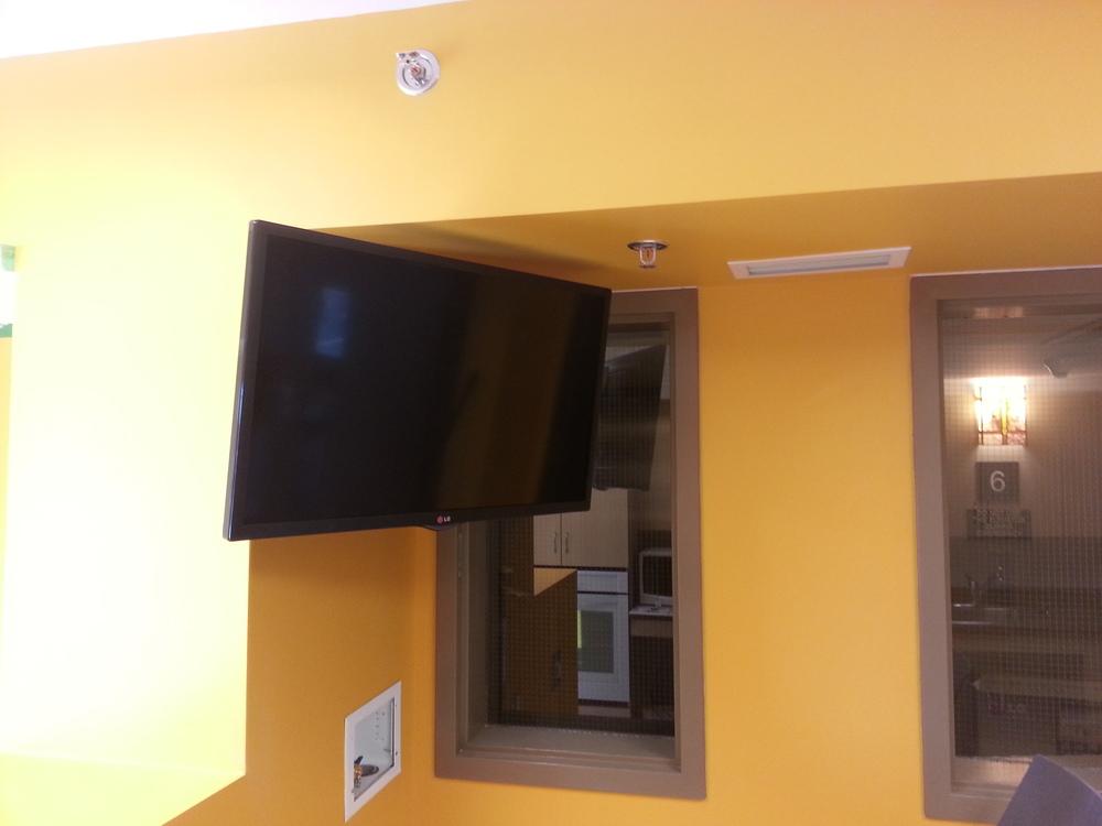 Public Display Monitor