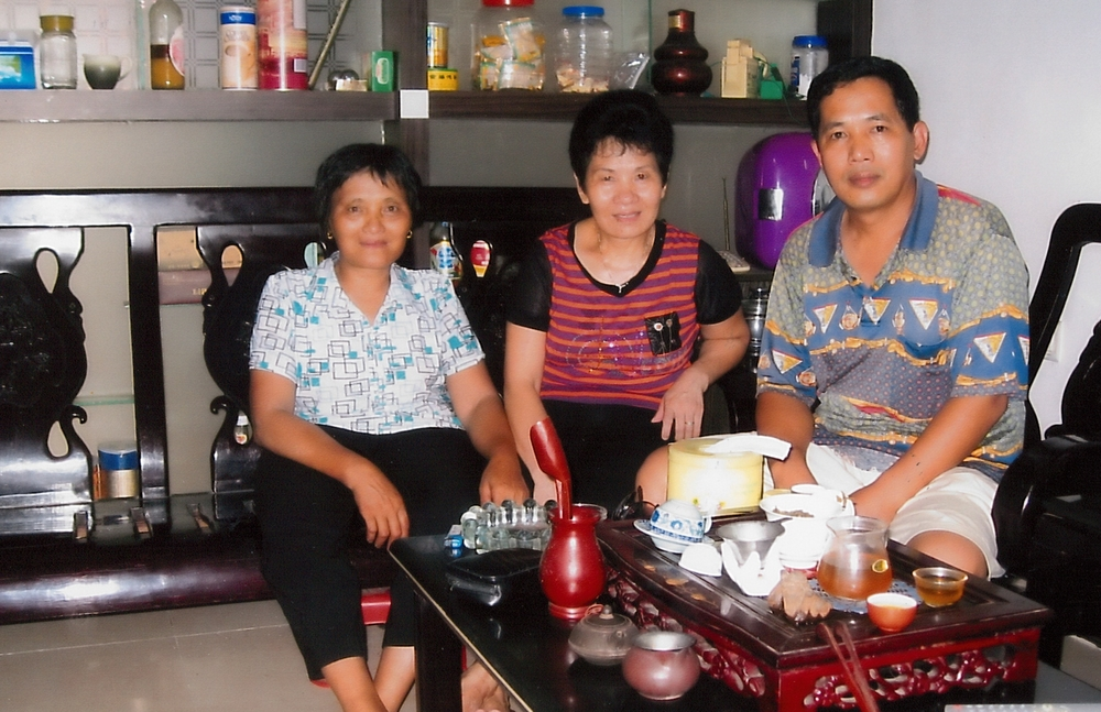 Ah Lan's two sisters and older brother in China - she has not seen them in over 7 years.