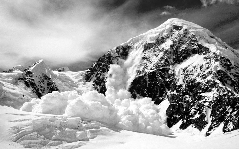 mountains-snow-avalanche-wallpaper.jpg