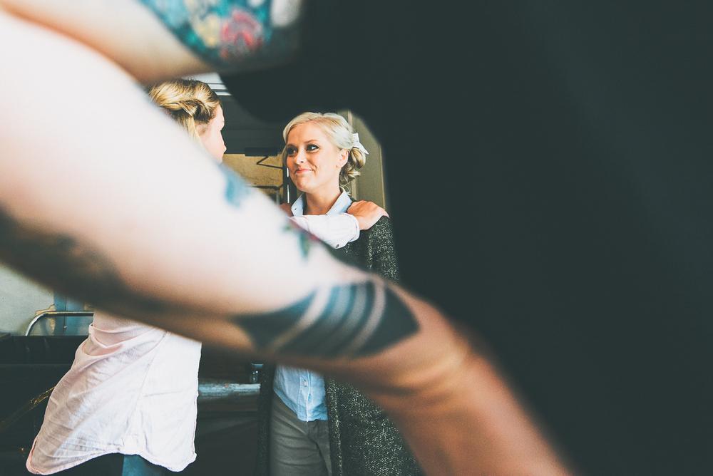 hääkuvaaja_helsinki_suomenlinna_js_disain_jere_satamo_wedding-photographer-finland-9.jpg