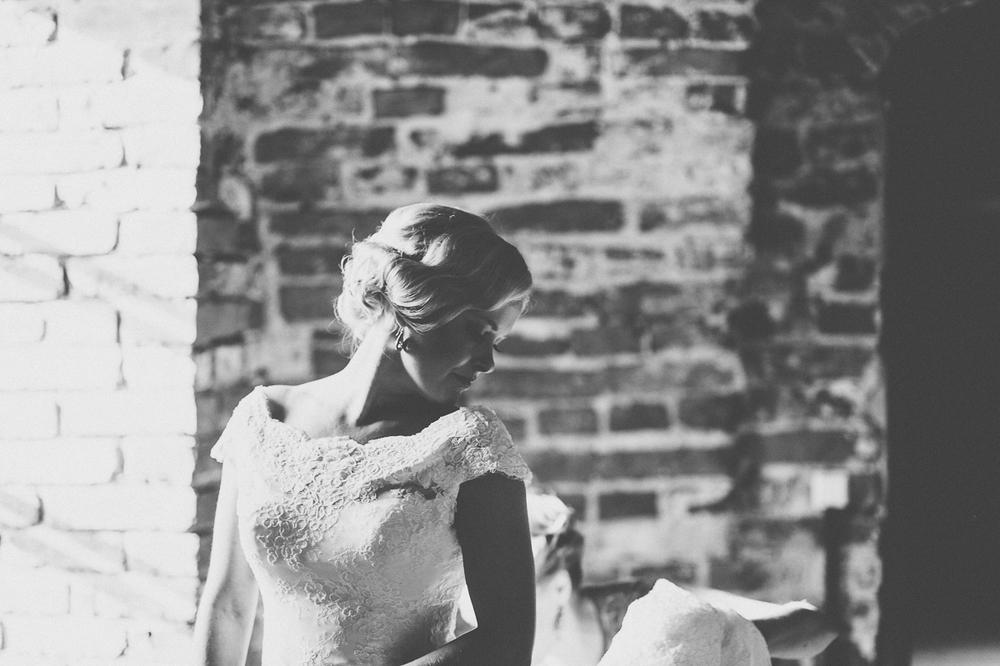hääkuvaaja_helsinki_suomenlinna_js_disain_jere_satamo_wedding-photographer-finland-10.jpg