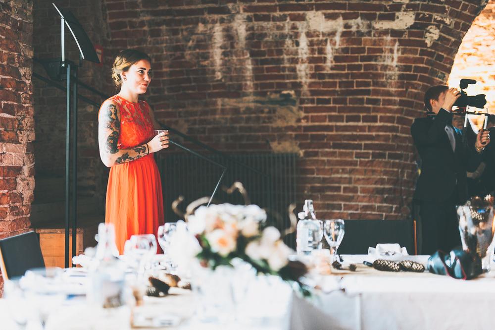 hääkuvaaja_helsinki_suomenlinna_js_disain_jere_satamo_wedding-photographer-finland-23.jpg