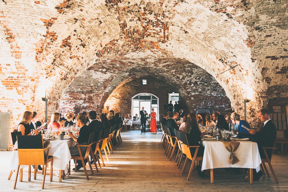 hääkuvaaja_helsinki_suomenlinna_js_disain_jere_satamo_wedding-photographer-finland-31.jpg