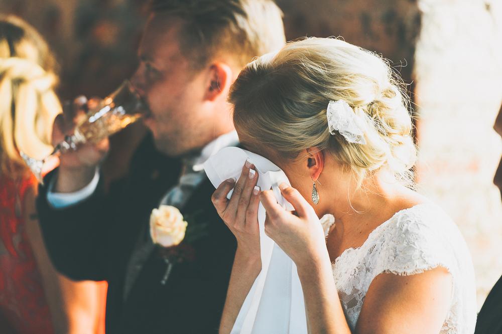 hääkuvaaja_helsinki_suomenlinna_js_disain_jere_satamo_wedding-photographer-finland-39.jpg