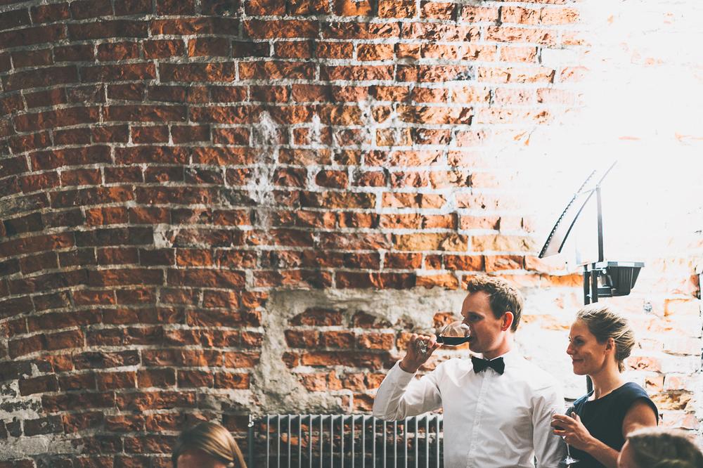 hääkuvaaja_helsinki_suomenlinna_js_disain_jere_satamo_wedding-photographer-finland-60.jpg