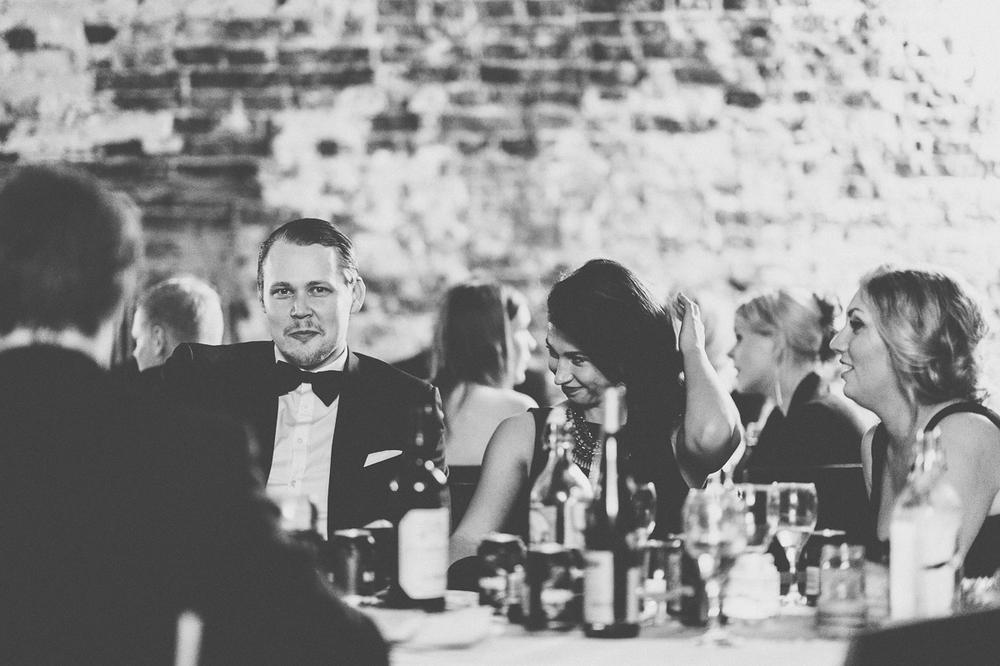 hääkuvaaja_helsinki_suomenlinna_js_disain_jere_satamo_wedding-photographer-finland-67.jpg