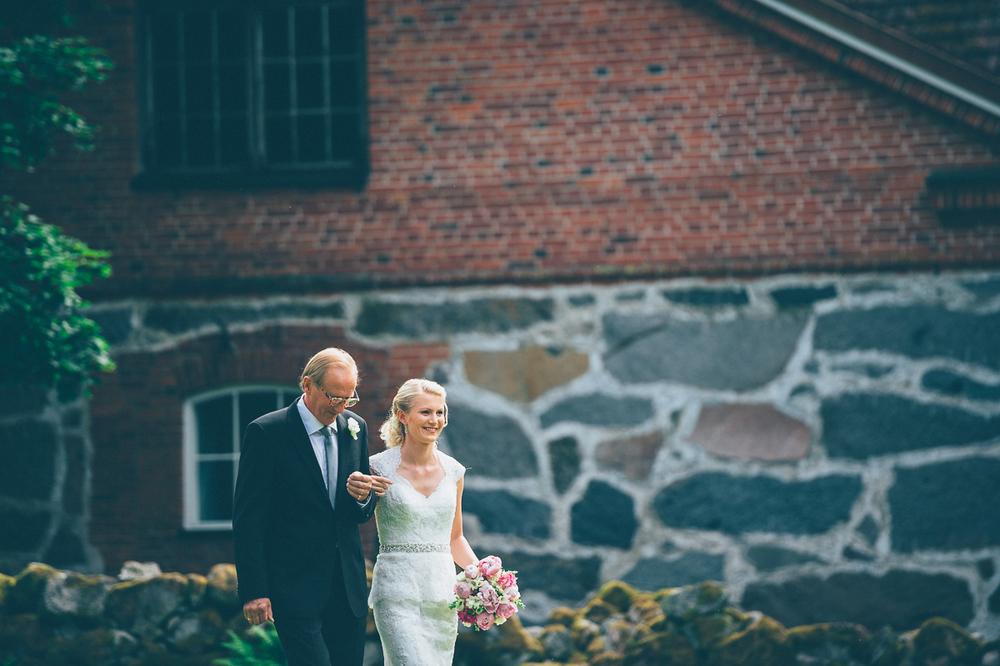 hääkuvaaja_hämeenlinna_js_disain_jere_satamo_wedding_photographer_finland-16.jpg