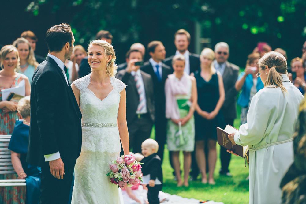 hääkuvaaja_hämeenlinna_js_disain_jere_satamo_wedding_photographer_finland-18.jpg