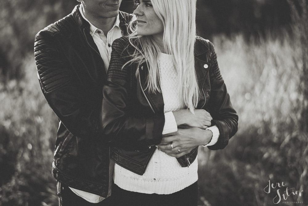 kihlakuvaus-turku_jere-satamo_valokuvaaja-wedding-photographer-015.jpg