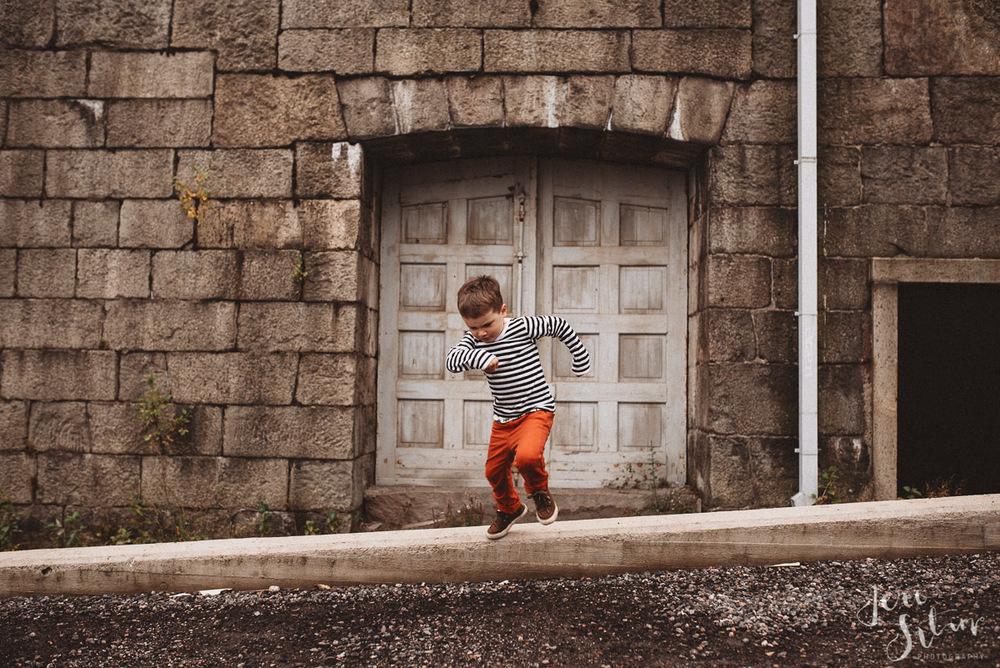 jere-satamo_valokuvaaja-turku_lapsikuvaus-perhekuvaus-016.jpg