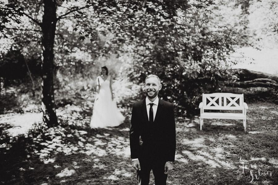 jere-satamo_valokuvaaja-turku_wedding-photographer-finland-mathildedal-valimo-028.jpg
