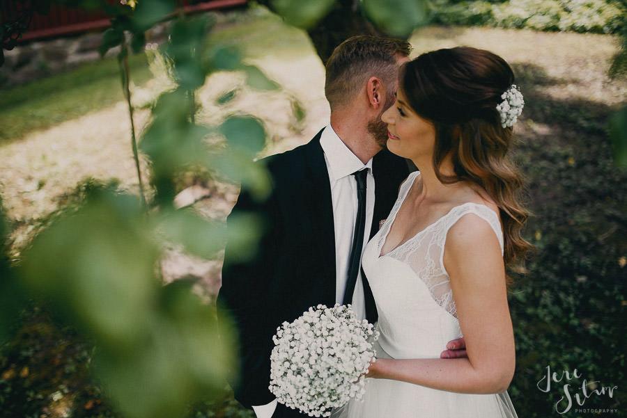 jere-satamo_valokuvaaja-turku_wedding-photographer-finland-mathildedal-valimo-033.jpg