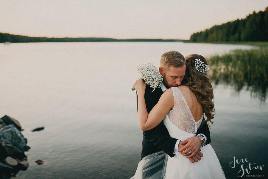 jere-satamo_valokuvaaja-turku_wedding-photographer-finland-mathildedal-valimo-126.jpg