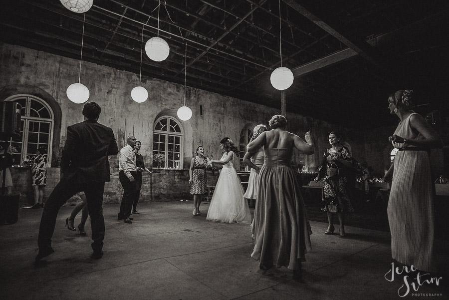 jere-satamo_valokuvaaja-turku_wedding-photographer-finland-mathildedal-valimo-133.jpg