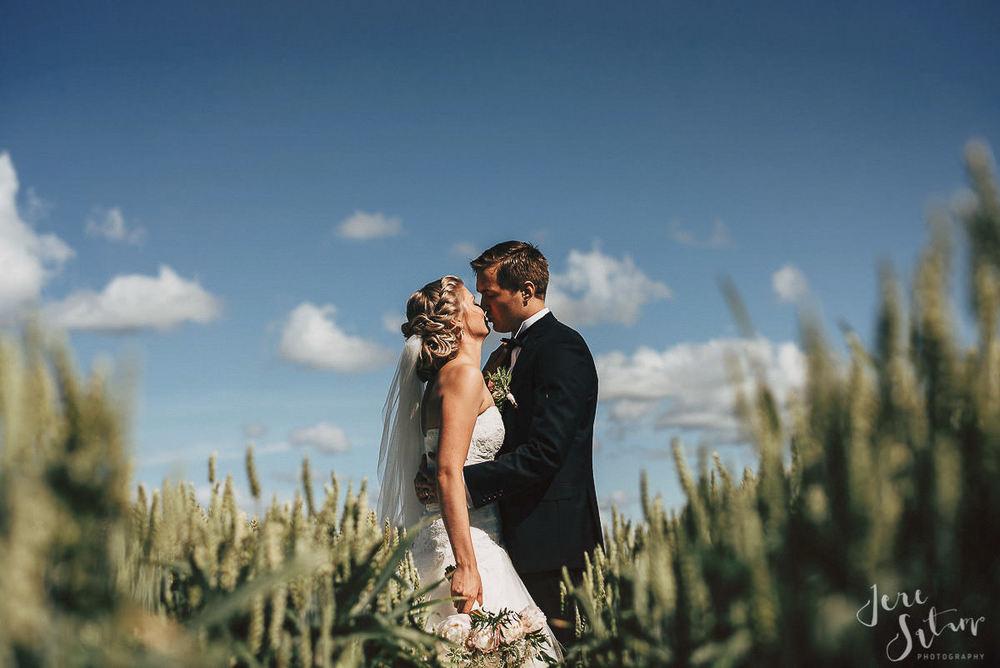 jere-satamo_valokuvaaja-turku-helsinki-wedding-photographer-034.jpg
