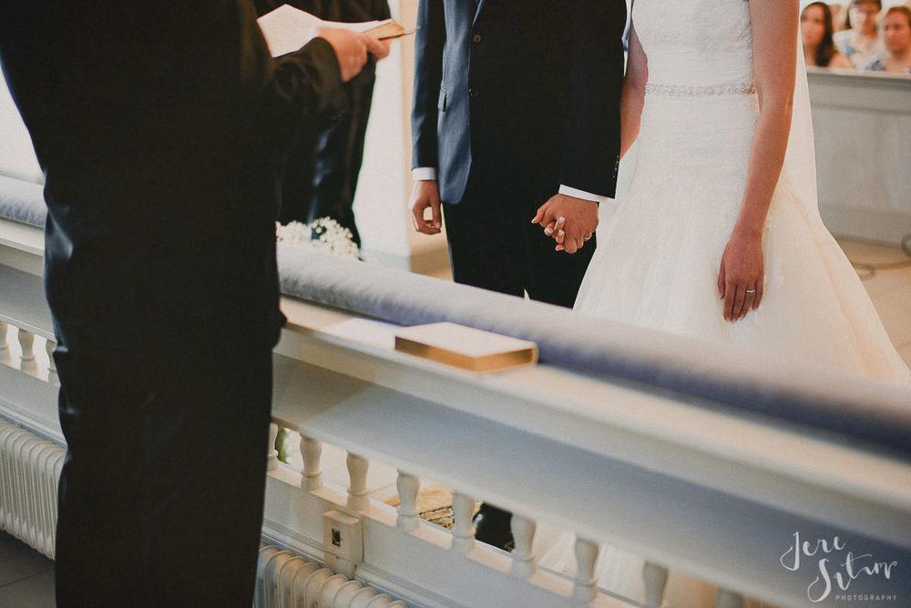 jere-satamo_valokuvaaja-turku-helsinki-wedding-photographer-045.jpg