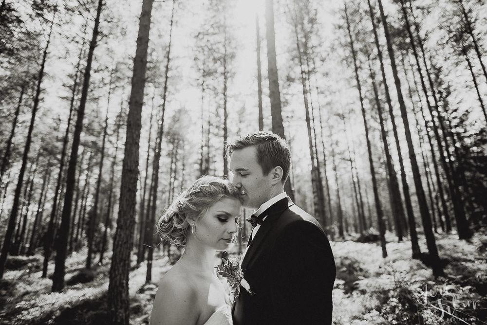 jere-satamo_valokuvaaja-turku-helsinki-wedding-photographer-053.jpg