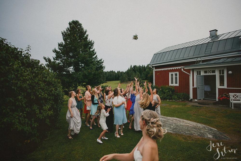 jere-satamo_valokuvaaja-turku-helsinki-wedding-photographer-074.jpg