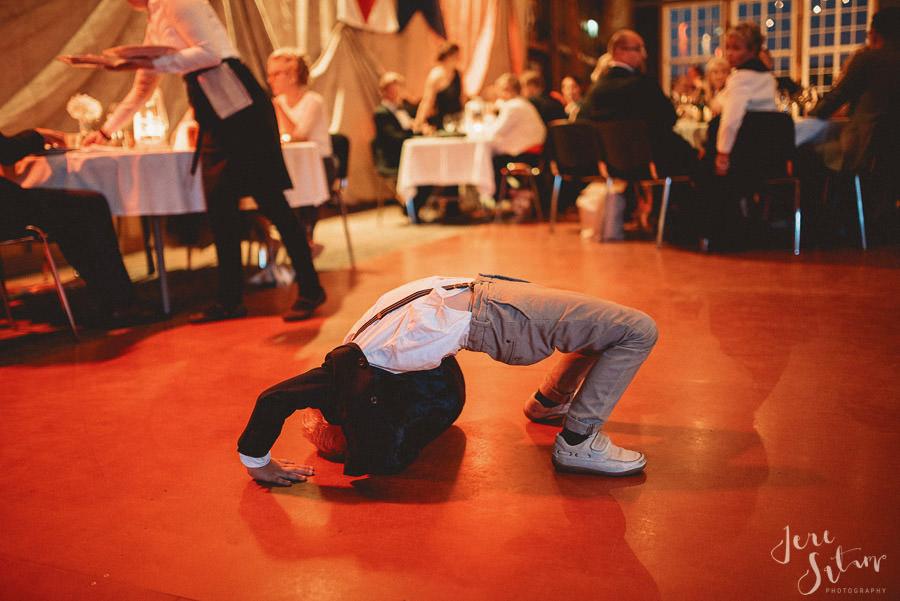 jere-satamo_wedding_photographer_finland_valokuvaaja_turku-076-web.jpg