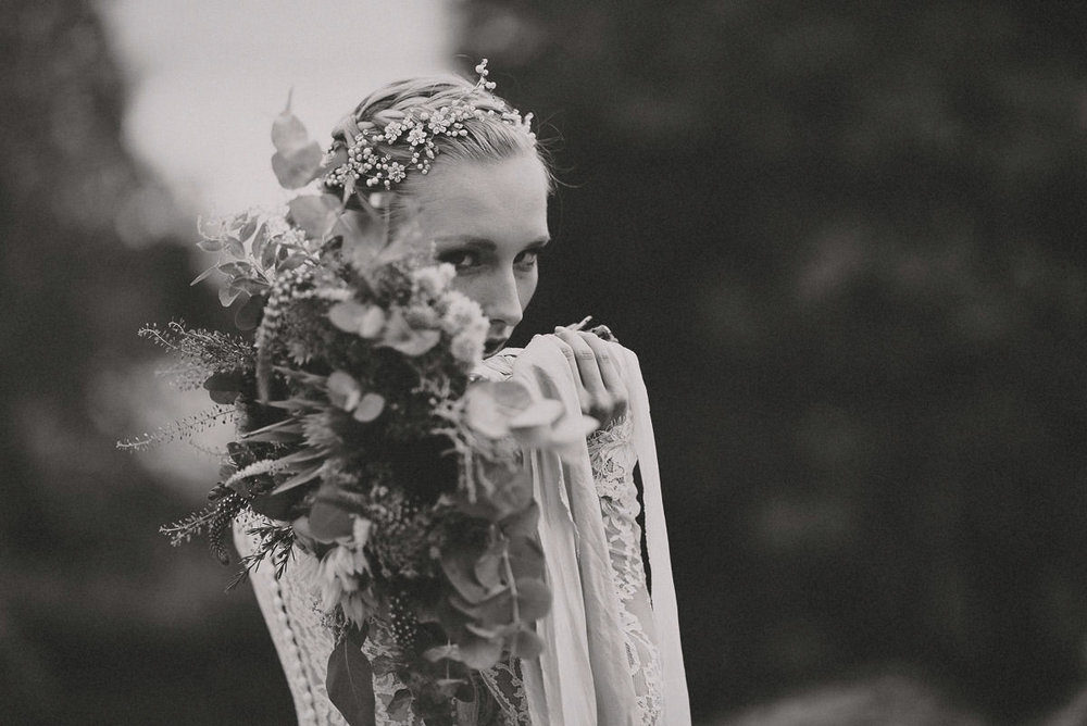 jere-satamo-valokuvaaja-turku-wedding-photographer_styled-017-print.jpg