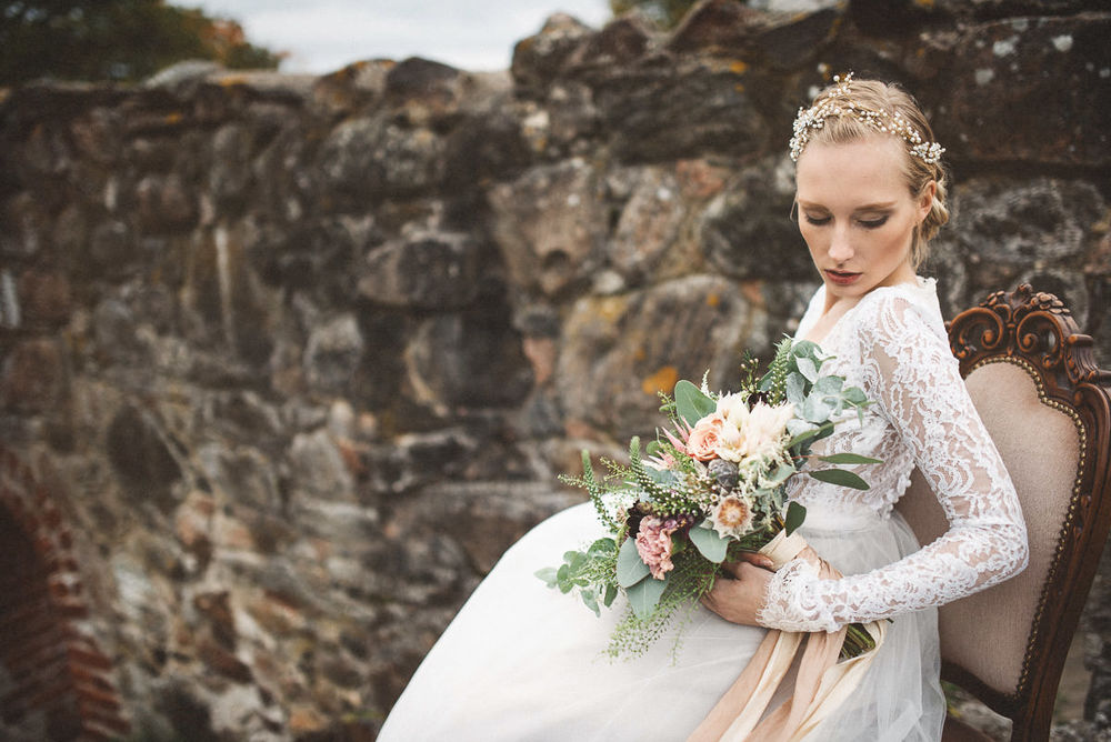 jere-satamo-valokuvaaja-turku-wedding-photographer_styled-020-print.jpg