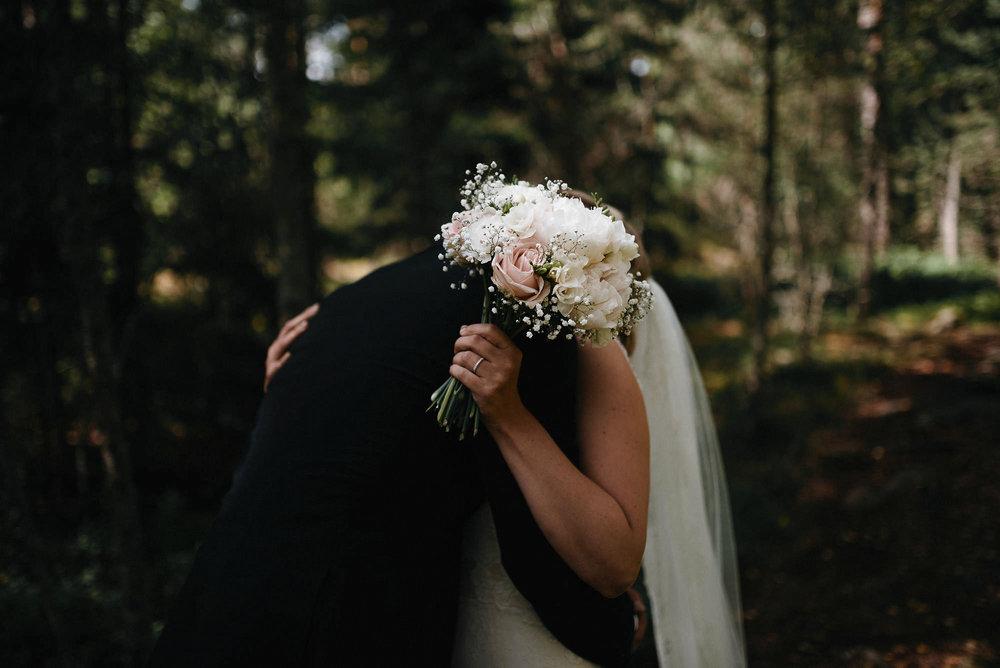 manilla-martin-kirkko-wedding-photographer-jere-satamo-016-web.jpg